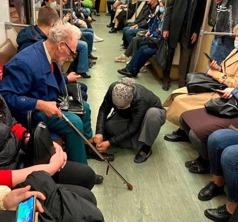 فرشتهای محجبه در مترو +عکس
