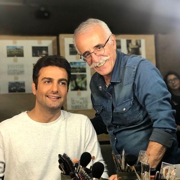 حامد کمیلی در کنار استاد گریم ایران + عکس