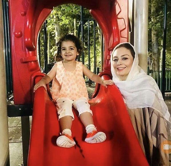 بازی های یکتا ناصر و دخترش + عکس