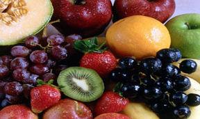 باورهای اشتباه درباره زمانِ میوه خوردن