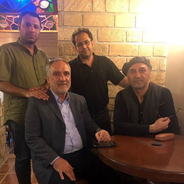 کافه گردی حمید فرخ نژاد در بوشهر+عکس