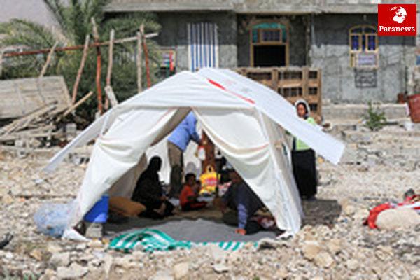 توزیع ۲۱هزار بسته غذای تک نفره و ۱۰۰ هزار بطری آب معدنی میان زلزلهزدگان