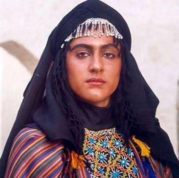 ویشکا آسایش در ۱۹ سالگی