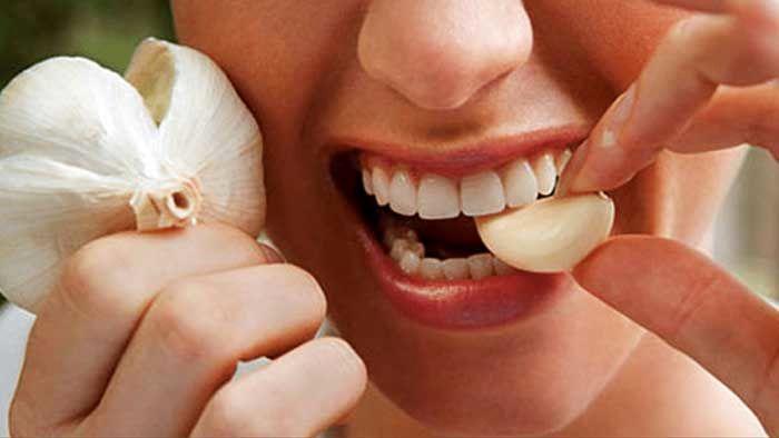 برای درد دندان چی خوبه ؟ درمان خانگی و سریع دندان درد | بیچشک