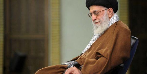 پاسخ آیت الله خامنهای به استفتائی درباره فعالیت انتخاباتی کارمند در ساعات اداری