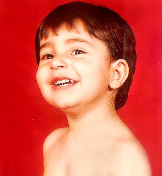 علیرضا طلیسچی با خنده های معروفش در کودکی+عکس
