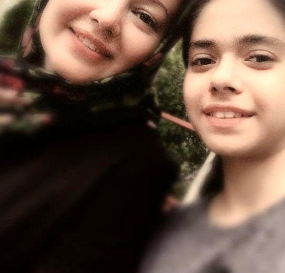 شباهت رزیتا غفاری و دخترش + عکس
