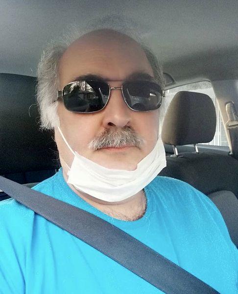 بازیگر سریال های طنز مهران مدیری در روزهای کرونایی + عکس