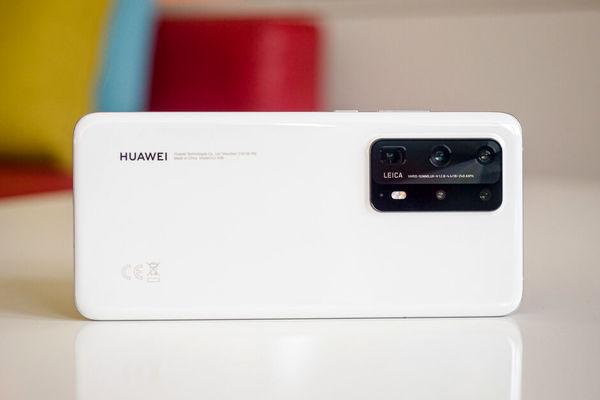 هوآوی با پشت سر گذاشتن رقبا رتبه اول پرفروشترین برند گوشی هوشمند دنیا را به دست آورد