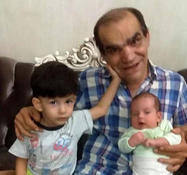 بازیگر جوان طنزهای مهران مدیری در کنار نوه هایش+عکس