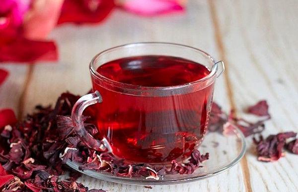 چای داغ با این مواد ترکیب نشود