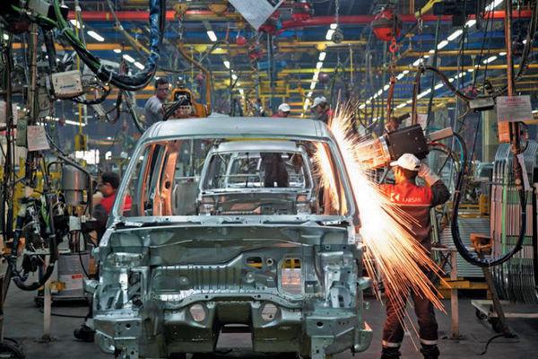 فیلم:: پاسخگویی خودروسازان به تأخیر در تحویل خودروها
