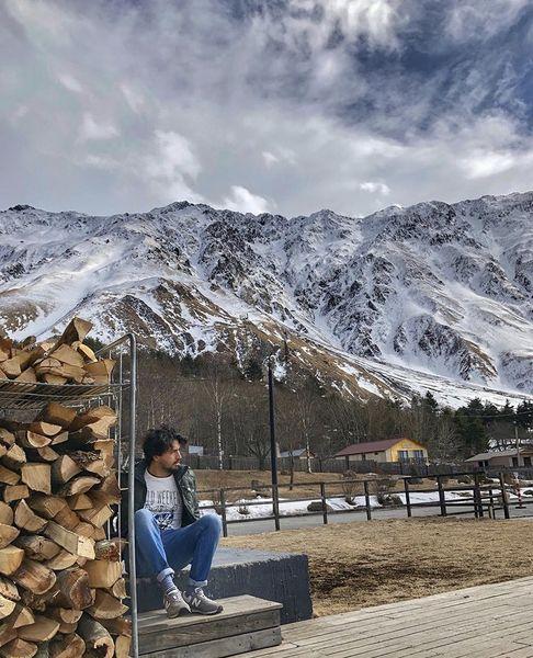 مهرداد صدیقیان در طبیعتی برفی + عکس
