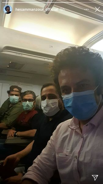 حساممنظور و دوستانش در هواپیما + عکس