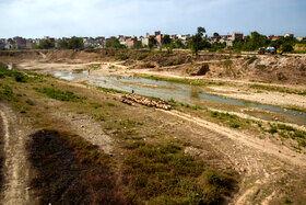 رودخانه نکارود با بسته شدن سد گلورد بروی آن در سالهای کم بارش و گرم تقریبا خشک میشود و باعث بروز مشکلاتی برای کشاورزان و دامداران و همچنین آب بندانهایی نظیر لپو زاغمرز میشود.