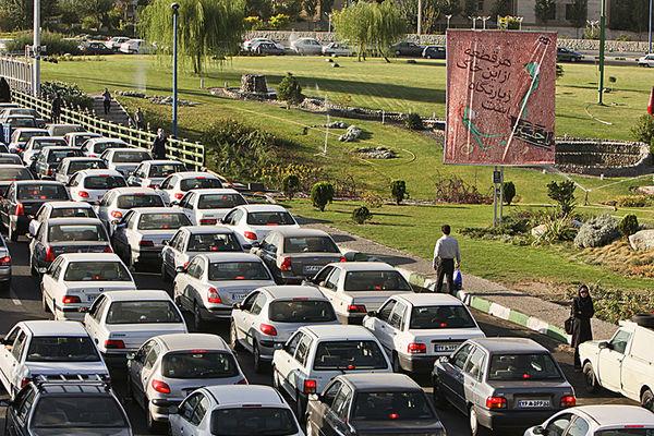 ترافیک شدید در محورهای ارتباطی ایلام/ ترددها به اوج خود رسید