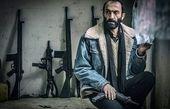 هادی حجازی فر در انبار اسلحه + عکس