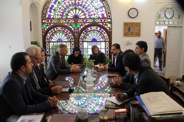 بازدید سفیر انگلیس از یزد