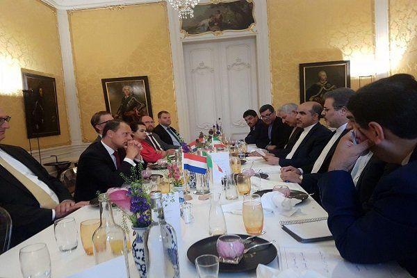 ایران و هلند روابط مردمی و کنسولی خود را گسترش می دهند