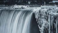 آبشار نیاگارا یخ زد+فیلم