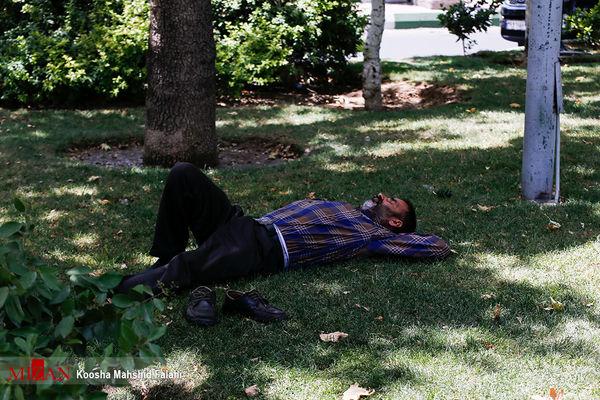 گرمای تهران همچنان ادامه دارد