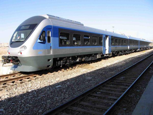 ۱۷۶ قطار فوقالعاده در مسیر تهران-کرمانشاه-تهران راهاندازی شد