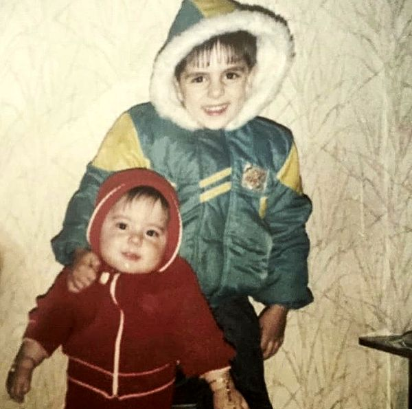 عباس غزالی و خواهرش در کودکی + عکس
