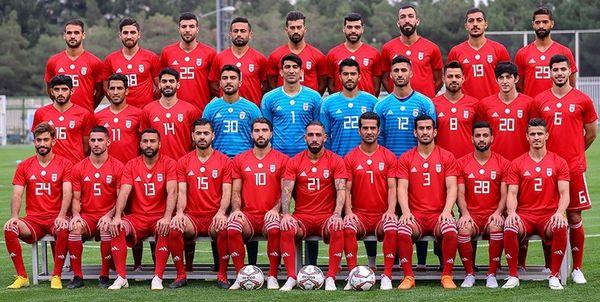 پرواز تیم ملی به قطر و امارات با هواپیمای منقش به پرچم ایران و یوز ایرانی