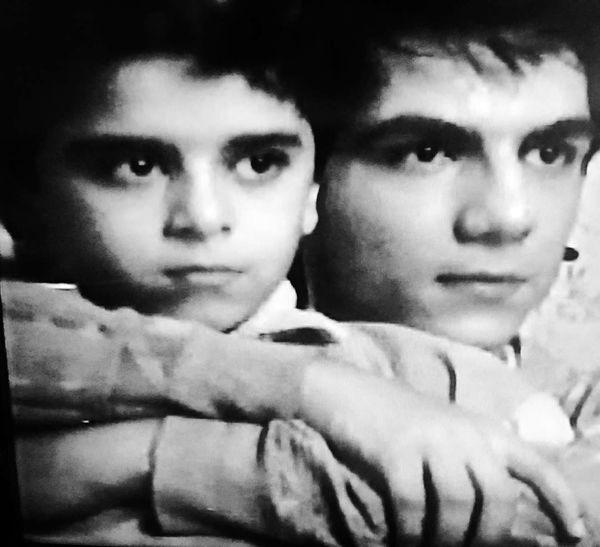 کودکی عباس غزالی و برادرش + عکس