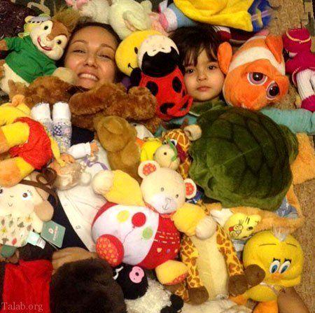 پانته آ بهرام در میان عروسک ها + عکس
