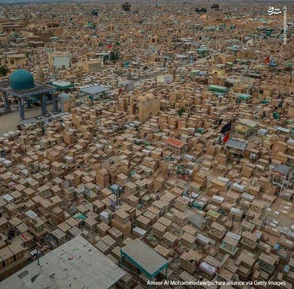 تصویر هوایی از وادی السلام نجف
