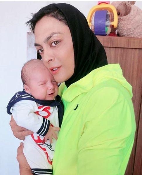 عکس زیبا از حس مادری شهربانو منصوریان برای پسر نازش