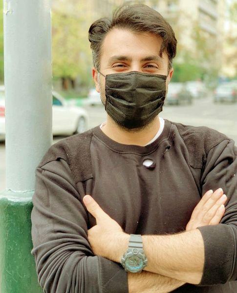 ظاهر این روزهای آقای خواننده در خیابان + عکس