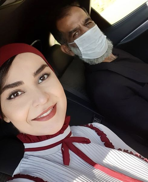 مهدیه نساج در ماشین + عکس