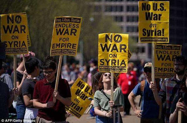 تظاهرات آمریکاییها در نزدیکی پنتاگون علیه سیاستهای جنگطلبانه  کشورشان