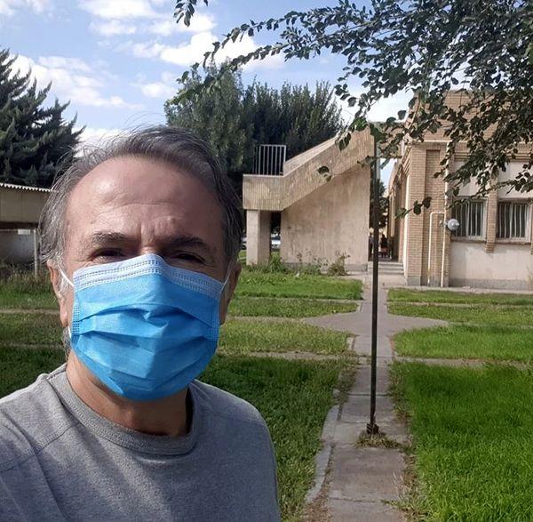 مهران رجبی از بیمارستان مرخص شد + عکس