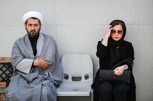 عکس مهرآوه شریفی نیا در تشییع جنازه