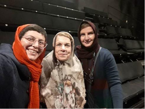 دوبانوی پیشکسوت مهمان نمایش سوسن پرور شدند+عکس