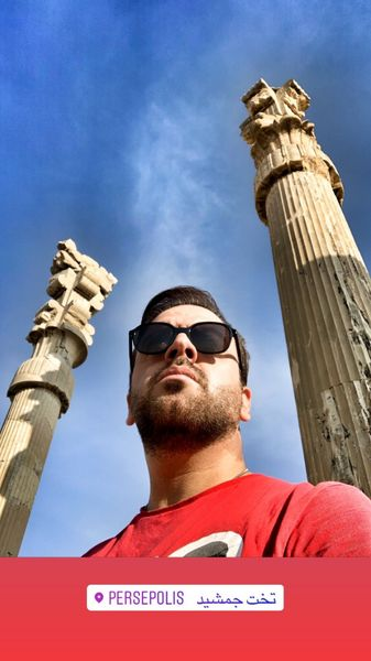 حضور بازیگر مهروف در یک بنای تاریخی + عکس