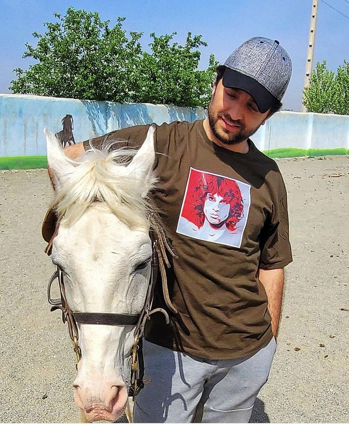 اسب سفید بهرام رادان + عکس