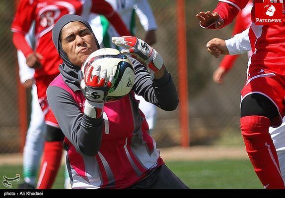 پیروزی تیم ملی فوتبال دختران ایران برابر قزاقستان