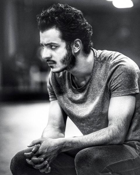 علی شادمان با چهره ای خشمگین + عکس