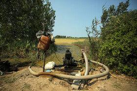 موتورهای آبی که جهت انتقال آب از آب بندان لپو به زمینهای کشت برنج استفاده میشود.