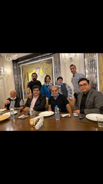 حمید لولایی و دوستانش در رستوران + عکس