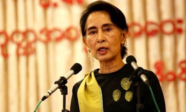 جایزه حقوق بشر عفو بینالملل از آنگ سان سوچی پس گرفته میشود