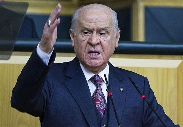 رهبر حزب «حرکت ملیگرا» خواستار برگزاری انتخابات زودهنگام در ترکیه شد