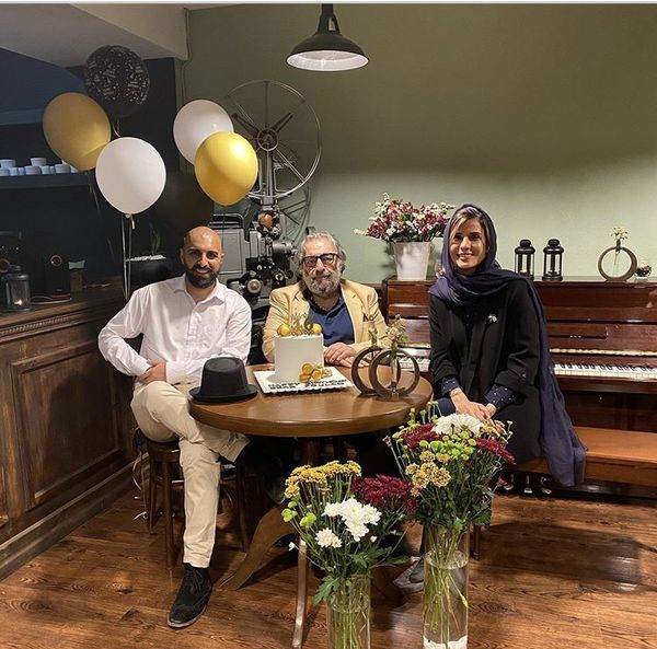 سارا بهرامی در کنار کارگردانمشهور و پسرش + عکس