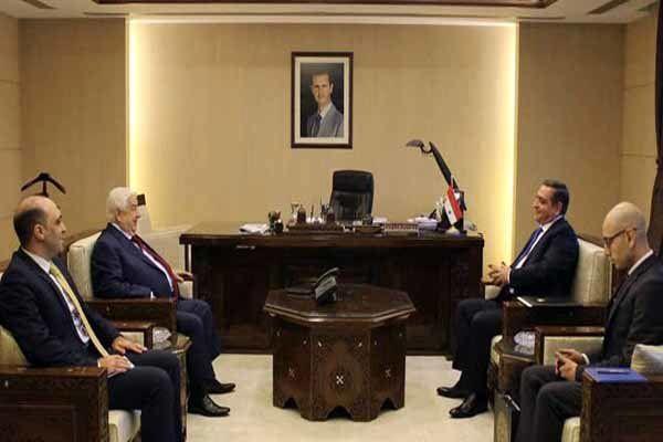 ولید المعلم استوارنامه سفیر جدید ارمنستان را دریافت کرد