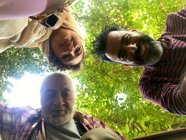 عکس نیما فلاح به همراه زن و پدر زنش