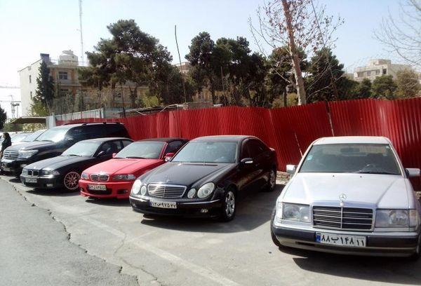 عاملان قاچاق 75 دستگاه خودرو خارجی در بوشهر جریمه شدند